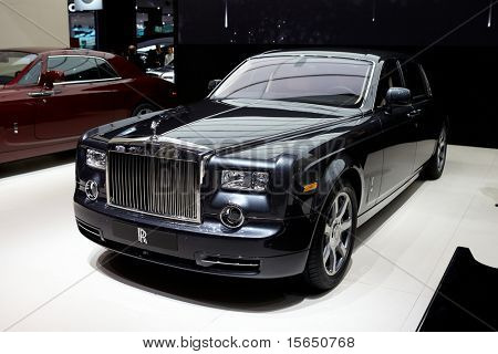 PARIS, FRANCE - SEPTEMBER 30: Paris Motor Show on September 30, 2010 in Paris, showing Rolls Royce Phantom, front view