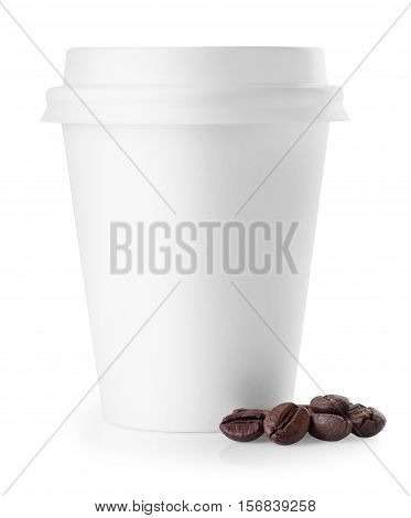 White paper disposable coffee cup with closed lid isolated on white background. White paper cup. To go coffee cup with lid and coffee beans over white. Blank takeaway coffee cup isolated on white background