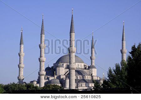 blue mosque minarets, sultanhamet, istanbul, turkey