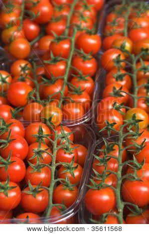 Tomates em um mercado de rua