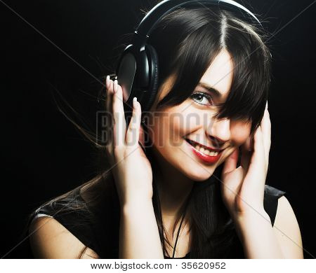 Auriculares hermosa chica