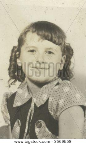 Vintage 1940 Girl Photo