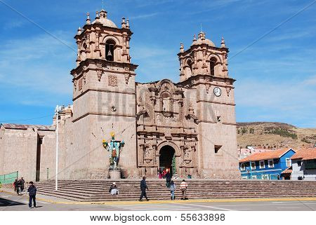 athedral Basilica San Carlos Borromeo or Puno