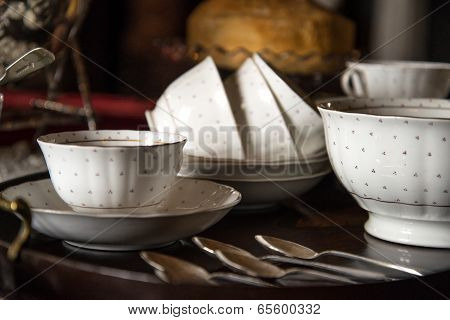 18Th Century Cups And Saucers Crockery On Inlaid Wooden Serving Tray