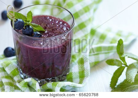 Smoothie with blueberry and banana
