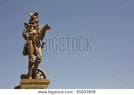 Godoy Statue