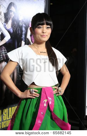 LOS ANGELES - SEP 24:  Hana Mae Lee arrives at the