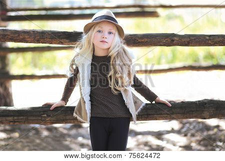 Fashionable Teen Girl, Blonde