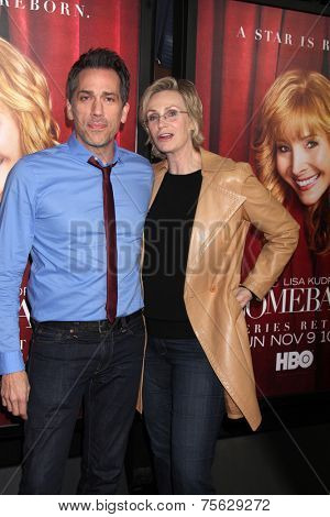 LOS ANGELES - NOV 5:  Paul Witten, Jane Lynch at the