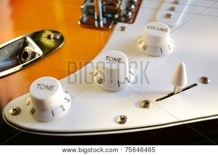 Tone And Volume Knobs