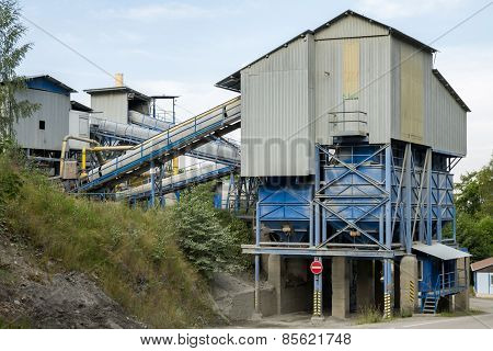 Quarry With Modern Crushing And Screening Equipment