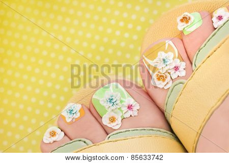 Summer flower pedicure.