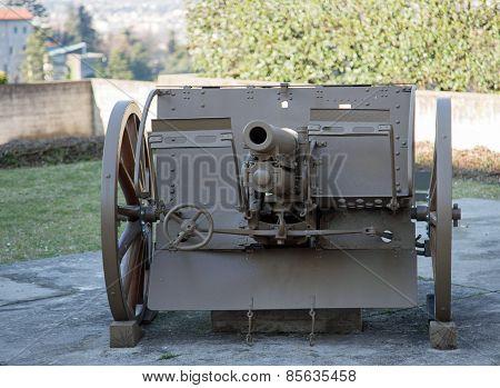 Old Gun Of World War I
