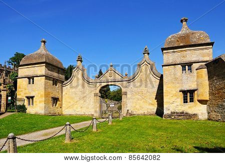 Old Campden House entrance, Chipping Campden.