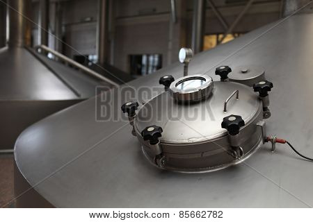 Details Manhole Of Fermentation Vat
