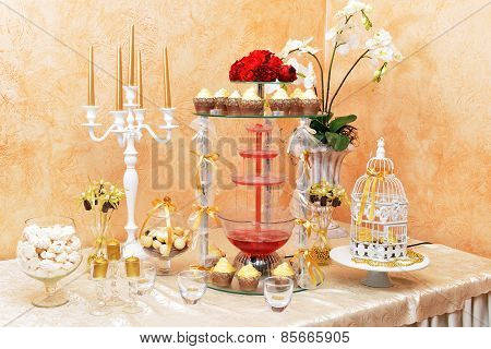 Decoration Of Wedding Table