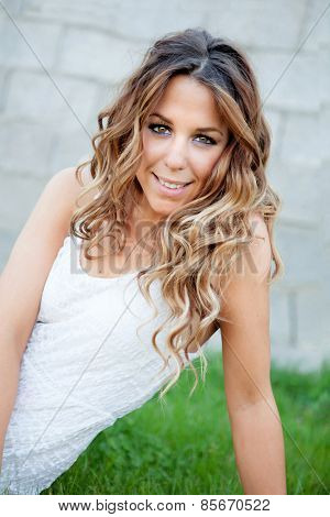 Cool pretty woman with white dress an a beautiful smile