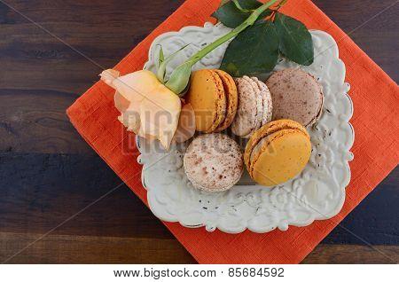 Caramel and Vanilla Macaroons