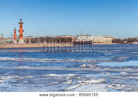 Rostral Columns And Floating Ice On Neva River In Petersburg