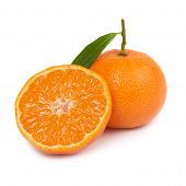 foto of clementine-orange  - Two orange mandarins with green leaf isolated on white background - JPG