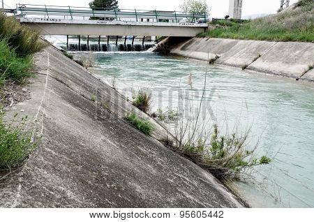 water transfer channel