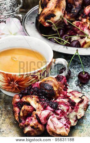 Tea With Cherry Pie