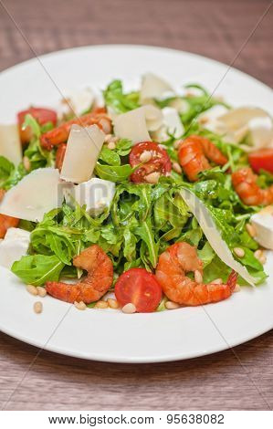 shrimp salad with cheese and arugula