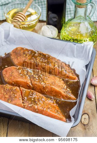 Salmon Fillet With Balsamic Honey Sauce In Baking Dish, Raw