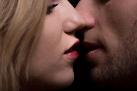 pic of lip  - Woman with red lips and man close to kiss - JPG