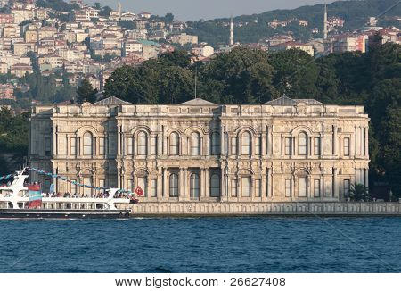 Beylerbeyi palace on the asian Bosporus waterfront, Istanbul