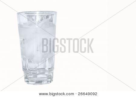 Copo de água gelada, com espaço para texto