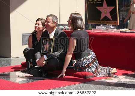 LOS ANGELES - SEP 6:  Amy Grant, Vince Gill, Vince's daughter at the Hollywood Walk of Fame Ceremony for Vince Gill at Hard Rock Cafe Hollywood on September 6, 2012 in Los Angeles, CA