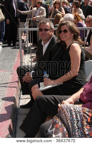 LOS ANGELES - SEP 6:  Vince Gill, Amy Grant at the Hollywood Walk of Fame Ceremony for Vince Gill at Hard Rock Cafe Hollywood on September 6, 2012 in Los Angeles, CA