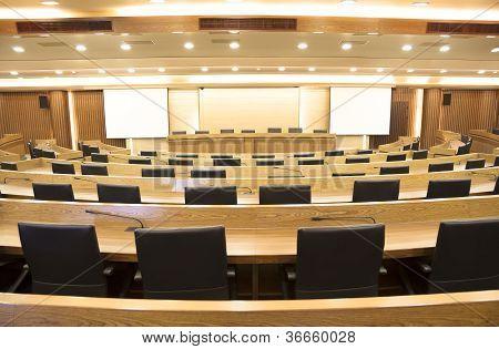 Interior da sala de conferências do moderno