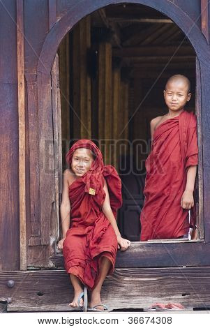 Novices At Shwe Yan Phe Monastery