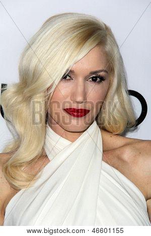LOS ANGELES - JUN 4:  Gwen Stefani arrivesa at the