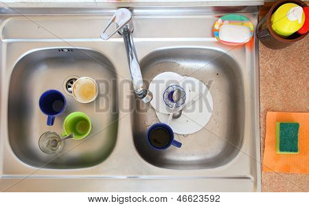 Washing-up Bowl In Kitchen Cup