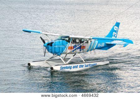 Bay Fm Plane