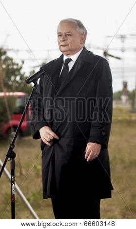 Jaroslaw Kaczynski Showing The Devil Thorns Gesture Sign.