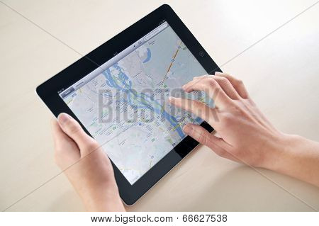 Using Google Maps On Apple Ipad
