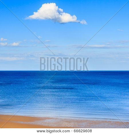 Cumulus cloud in a blue sky