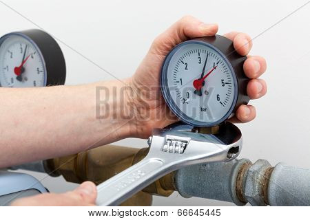 Repair Of A Pressure Gauge