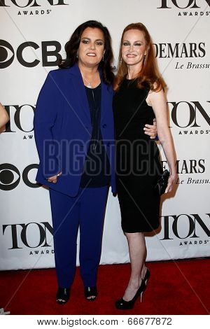 NEW YORK-JUNE 8: Actress Rosie O'Donnell (L) and wife Michelle Rounds attend American Theatre Wing's 68th Annual Tony Awards at Radio City Music Hall on June 8, 2014 in New York City.
