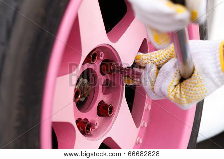 tightening  wheel nuts