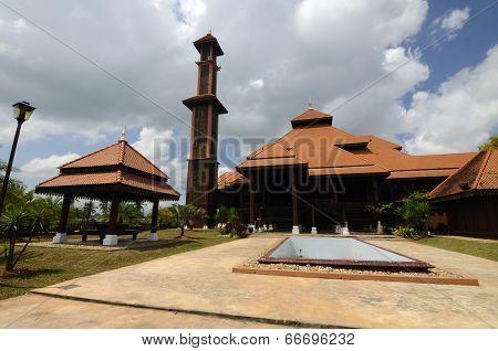 Ulul Albab Mosque (Masjid Kayu Seberang Jertih) in Terengganu