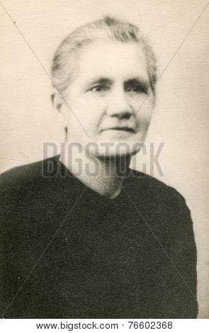 GERMANY, CIRCA 1930s: Vintage portrait of woman