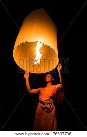 CHIANGMAI THAILAND - OCTOBER 25 :Thai people floating lamp. October 25 2014 in Tudongkasatarn Chiang