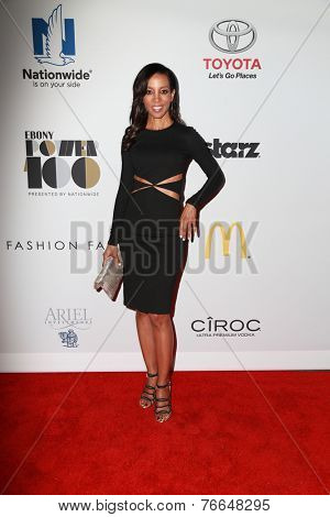 LOS ANGELES - NOV 19:  Shaun Robinson at the Ebony Power 100 Gala at the Avalon on November 19, 2014 in Los Angeles, CA