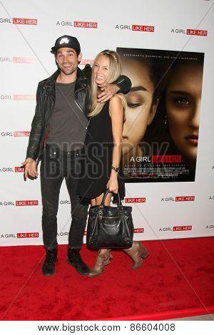 LOS ANGELES - MAR 27:  Justin Gaston, Melissa Ordway at the