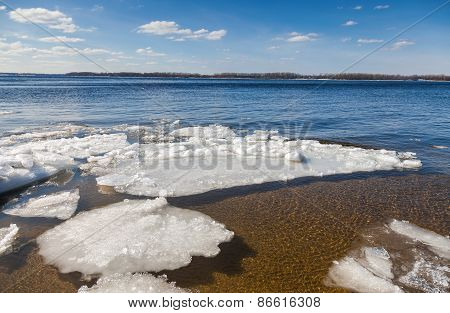 Floating Of Ice On The River Volga On Sunny Day